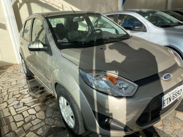 Fiesta sedan 10/11 1.6 Completo ! - Foto 3