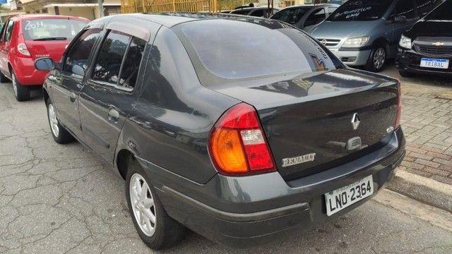 Clio sedan Rn 2002 - Foto 3