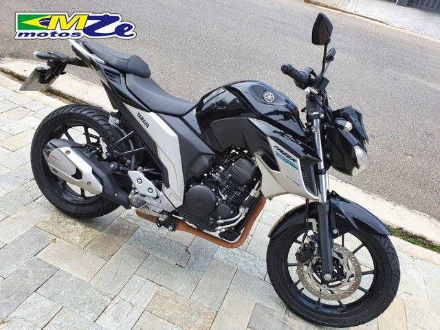 Yamaha FZ 25 Fazer 2020 Preta com 15.000 km - Foto 9