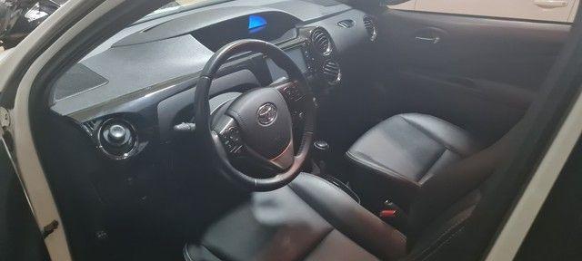 Etios Sedan 1.5 XLS -  2018/19 - Foto 11