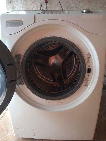 Lava e seca Electrolux Com lavagem a vapor - Foto 3