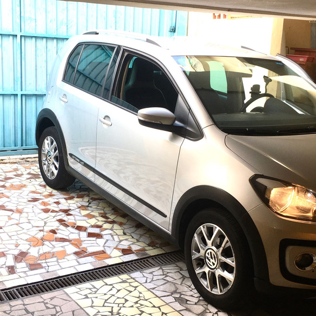 Volkswagen Up! Cross Imotion 1.0 Flex - Foto 3