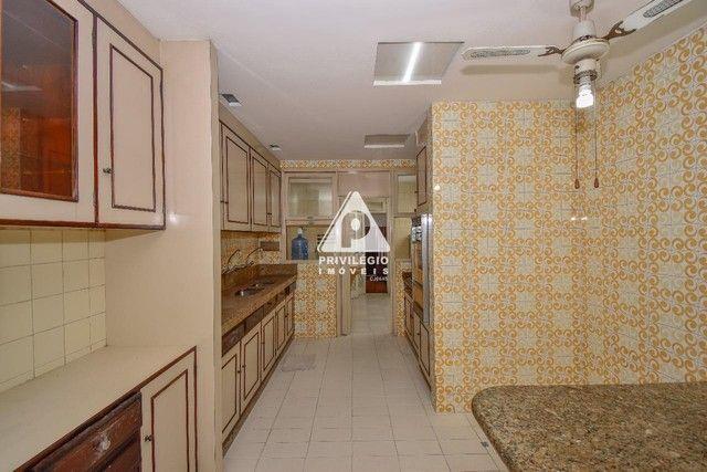 PRIVILÉGIO IMÓVEIS vende : Excelente apartamento na quadra da praia de Copacabana - Foto 19