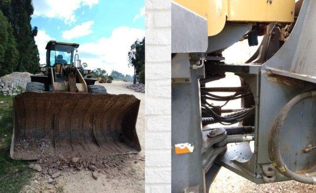 Pá Carregadeira sdlg LG958L ano 2009 com 6857 horas - Foto 3
