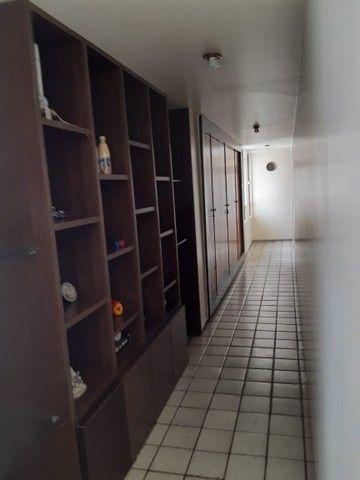 Apartamento na Avenida Beira Rio (Madalena), com 350m², 4 quartos (3 suítes) e 3 vagas de  - Foto 12