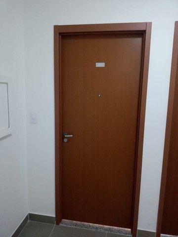 Lindo apartamento para aluguel com 45m² com 2/4 em Centro - Lauro de Freitas - BA - Foto 19