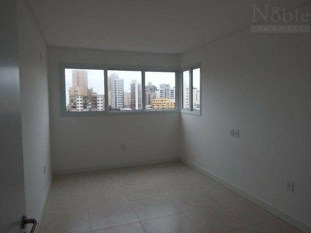 Apartamento três dormitórios em Torres