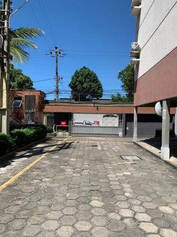 Apartamento para aluguel possui 120 metros quadrados com 3 quartos em Fátima - Fortaleza - - Foto 3
