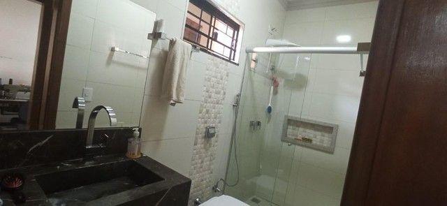 Venda   Sobrado com 264.77 m², 3 dormitório(s), 4 vaga(s). Zona 07, Maringá - Foto 19