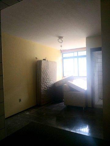 Apartamento para aluguel possui 100 metros quadrados com 3 quartos em Icaraí - Caucaia - C - Foto 10