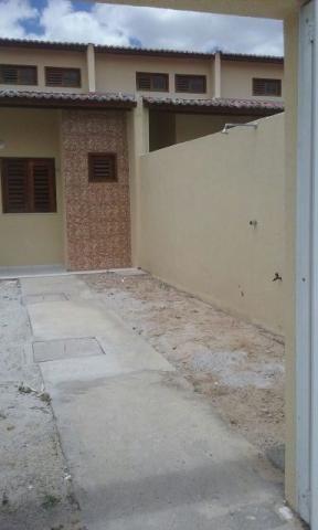 Casa Nova de esquina c/ 8 metros de frente