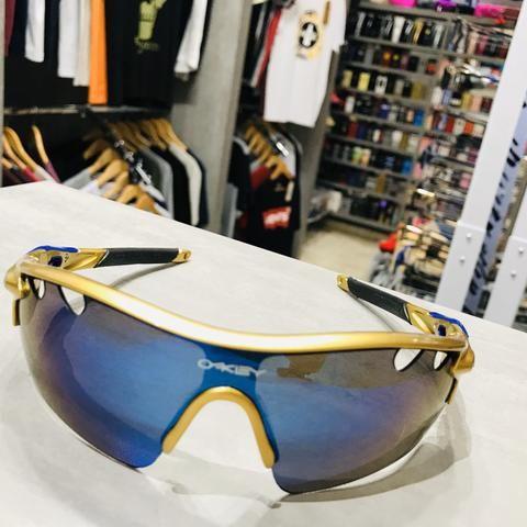 Óculos de Sol Oakley Ouro com Azul Metálico Ciclismo Esporte