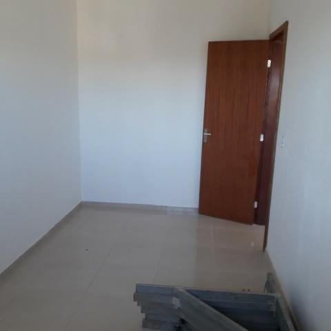 Linda casa só R$ 114.500 terreno 5x30 pátio frente e fundos Alvorada - Foto 9