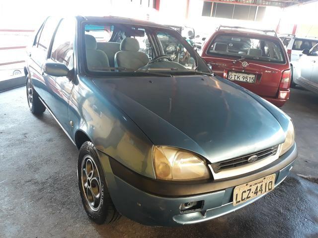 Fiesta 1.0 Zetec Ano 2000 Completo IPVA PAGO - Foto 2