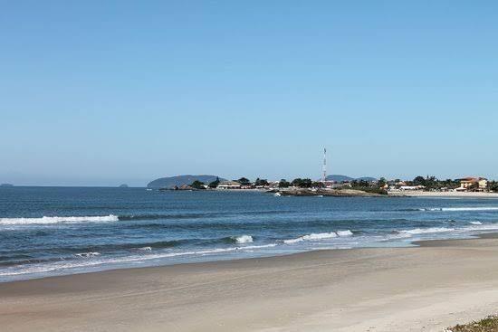 Itapoá próximo ao mar 2 quartos - Foto 9