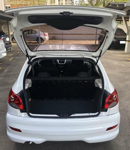 Peugeot 207 Active 1.4 Hatch 2014 - Foto 8