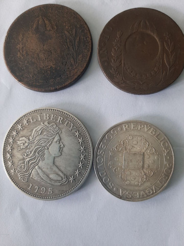 Vendo essas  moeda antiga 400.0reais  - Foto 2
