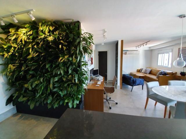 Aconchegante Apartamento no Alto de Pinheiros, com 1 quarto, sendo 1 suíte, 2 vagas e área - Foto 13