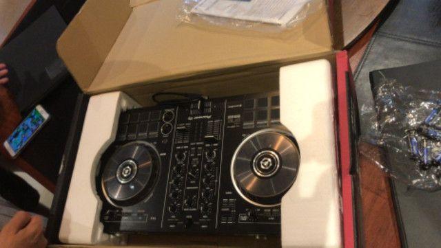 Mesa DJ Pioneer Rekordbox nunca usado
