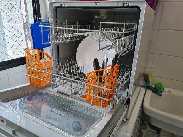 Lava louças Brastemp Active 8 serviços, usada, em bom estado - Foto 2