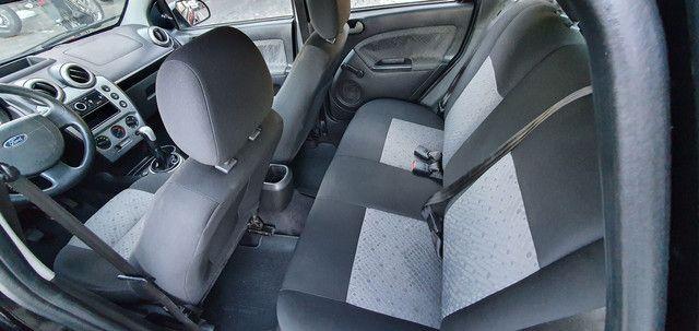 Fiesta Class Hatch 1.6 8v Completo 2012 - Foto 11