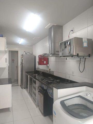 A RC+Imóveis vende um excelente apartamento no centro de Três Rios - RJ - Foto 2