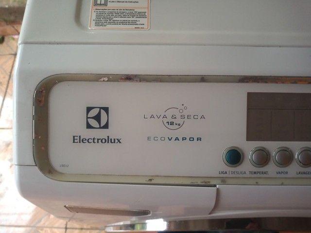 Lava e seca Electrolux Com lavagem a vapor - Foto 5