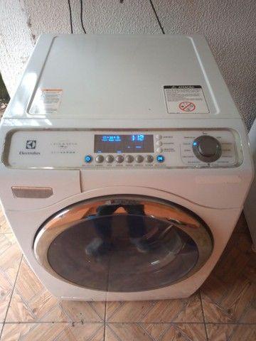 Lava e seca Electrolux Com lavagem a vapor