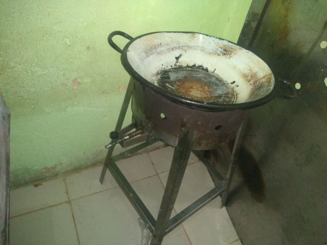 Tabuleiro e fogão industrial - Foto 2