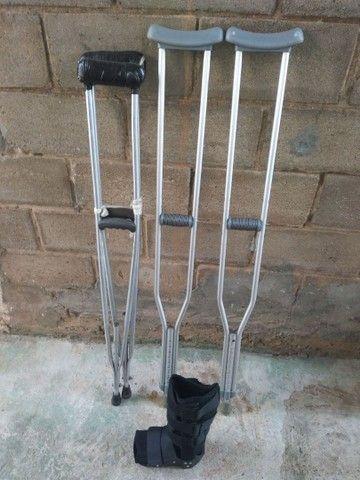Alugamos e vendemos muletas e botas ortopédicas  - Foto 2