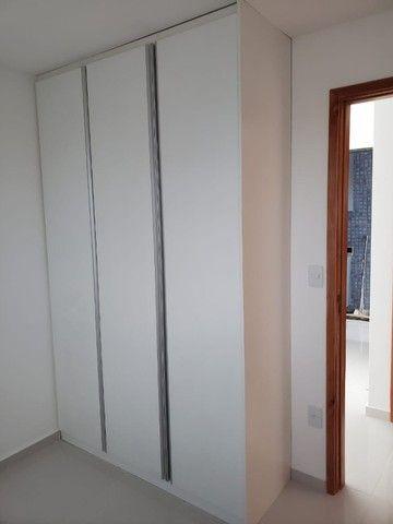Apart  com 55m² com 2 quartos (1 suíte) em Imbiribeira - com armários - Foto 15