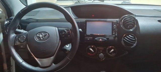 Etios Sedan 1.5 XLS -  2018/19 - Foto 13