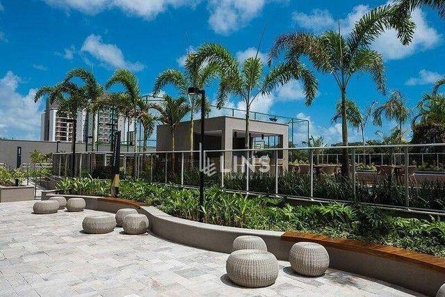 Apartamento com vista privilegiada para o mar, sendo 3 suítes e 156 m², à venda por R$ 1.5 - Foto 2