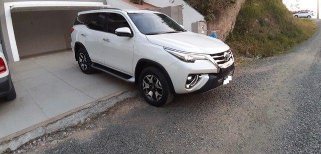 Toyota SW4 2.8 Tdi Srx Diamond 7l 4x4 Aut. 5p 2019 - Foto 4