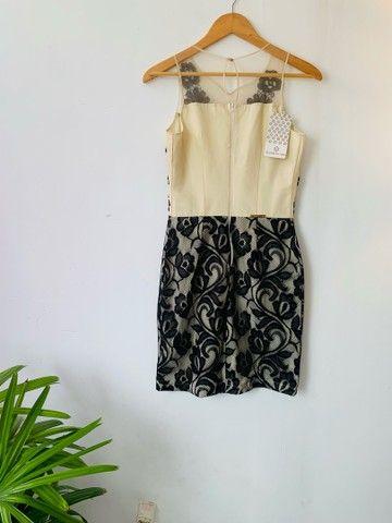 Vestido zibeline e renda preta. P  - Foto 2