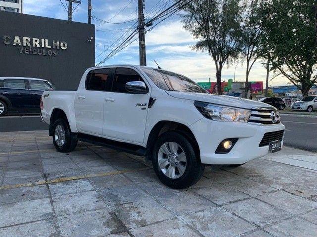 Toyota Hilux SRV 2.7 2018 Flex (81) 3877-8586 (zap) - Foto 4