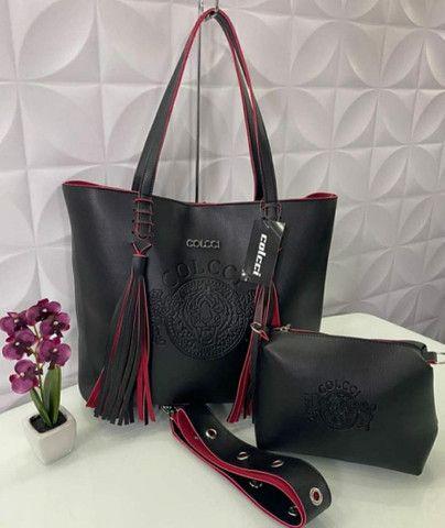 Vendo bolsas femininas por apenas r$ 149 vários modelos várias marcas - Foto 5