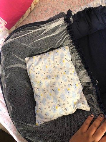 Berço de bebê portátil usado pouquíssimas vezes  - Foto 4