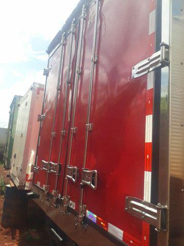 Baú frigorífico 7.50m motor a diesel - Foto 11