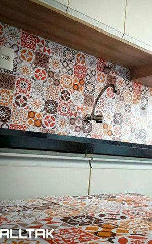 Papel de parede com camada em pvc - Foto 2