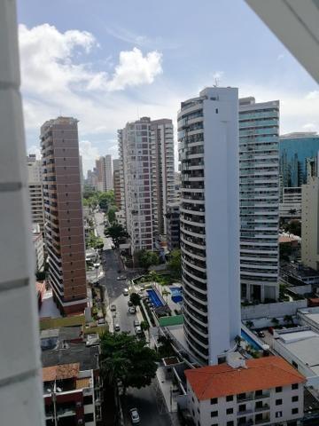 Fortaleza - Meireles area Nobre Apartamento andar Alto nascente e com vista mar - Foto 8
