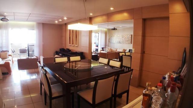 Vendo GRAND LAVOISIER 137 m² 3 Quartos 2 Suítes 2 Closets 4 WCs 2 Vagas PONTA VERDE - Foto 2
