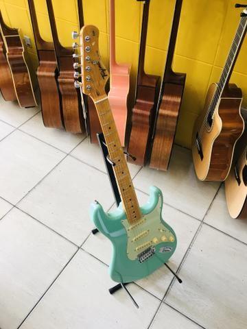 Guitarra Tagima TG530