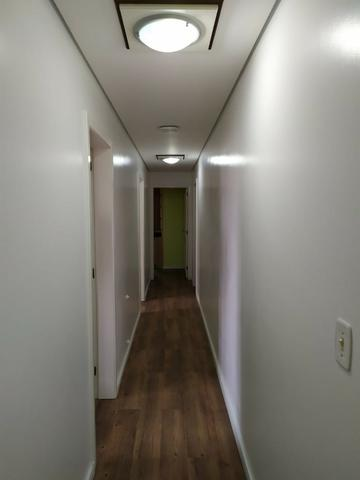 Apartamento mobiliado com 03 suítes! - Foto 4