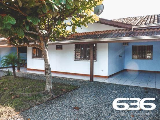 Casa   Balneário Barra do Sul   Salinas   Quartos: 2