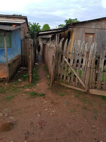 Vendo casa de Madeira placas - Foto 7