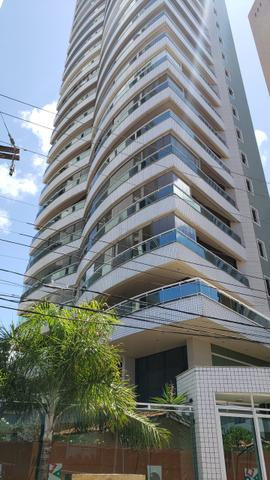Apartamento no Meireles, 3 Suites, 3 vagas de garagens, 202 m²