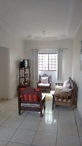 Vendo casa em Caldas Novas. setor Itaguai 3 - Foto 2