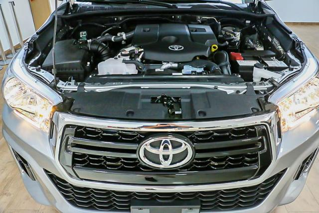 TOYOTA HILUX CD DSL 4X4 SRV AT 19/20 - Foto 13