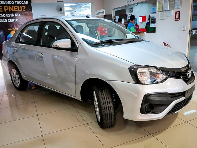 TOYOTA ETIOS SEDAN X PLUS 15 MT 19/20